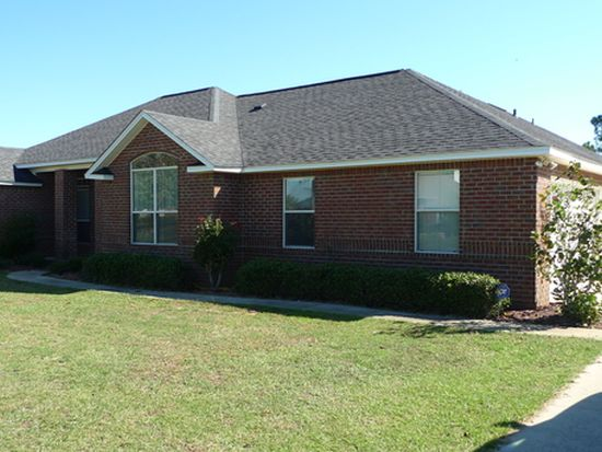 9730 Fairway Dr, Foley, AL 36535