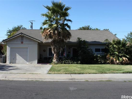 205 Frost Dr, Woodland, CA 95695