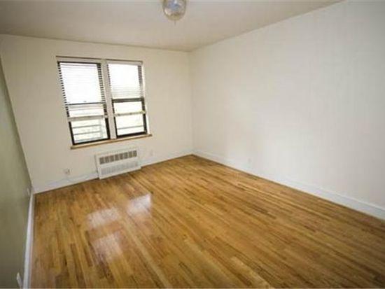 1376 York Ave, New York, NY 10021
