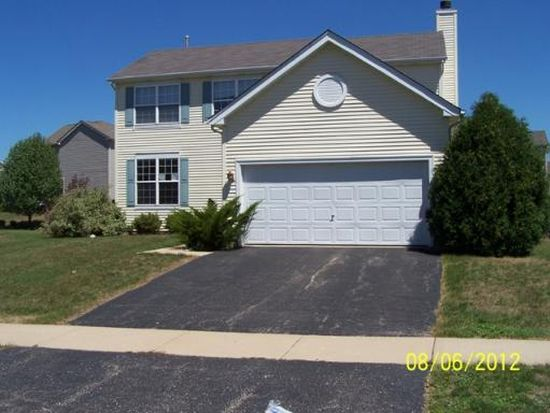 4921 Highwood Ln, Lake In The Hills, IL 60156