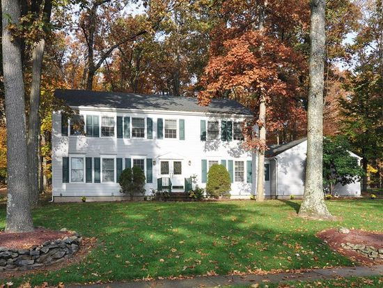 32 Winay Ter, Long Valley, NJ 07853