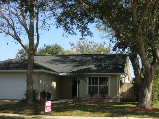 8803 Hampden Dr, Tampa, FL 33626