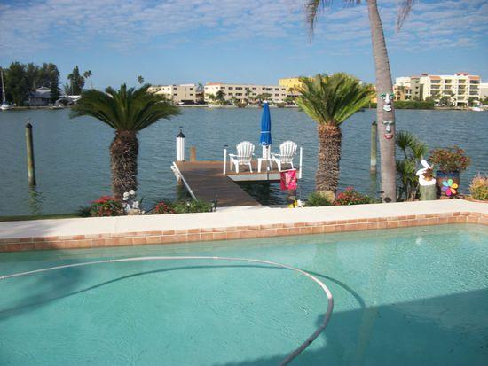 10124 Tarpon Dr, Treasure Island, FL 33706