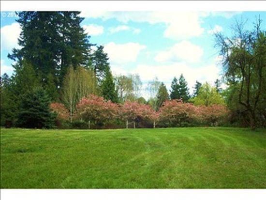 13702 Holcomb Blvd, Oregon City, OR 97045
