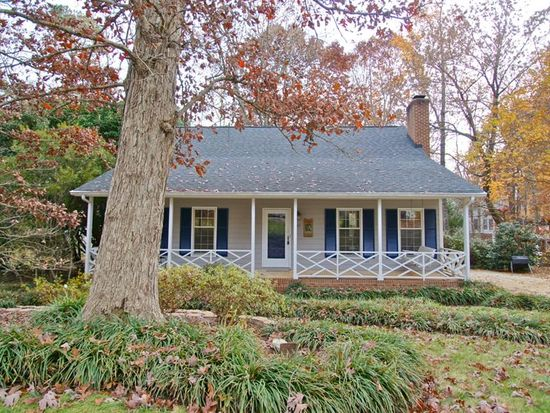 325 Trappers Run Dr, Cary, NC 27513