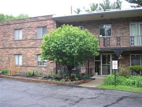 842 S Green Rd APT 4, South Euclid, OH 44121