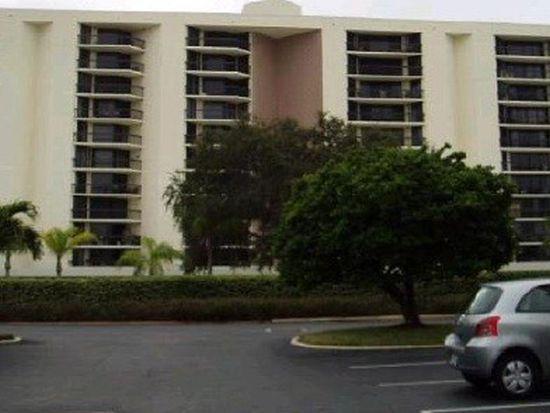 690 Island Way APT 411, Clearwater, FL 33767