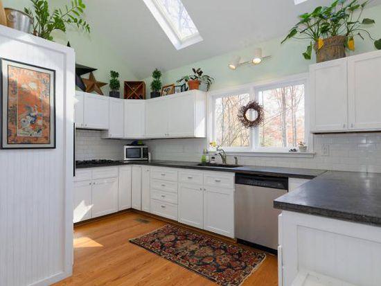 1500 Canfield Ln, Charlottesville, VA 22903