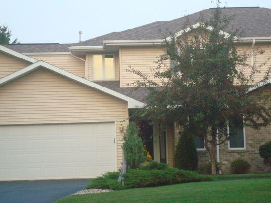 1004 S Oakwood Rd, Oshkosh, WI 54904