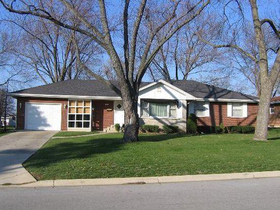 522 Pine Ave, Aurora, IL 60505