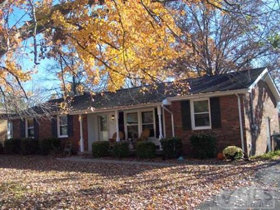 205 E Overhill Dr, Old Hickory, TN 37138