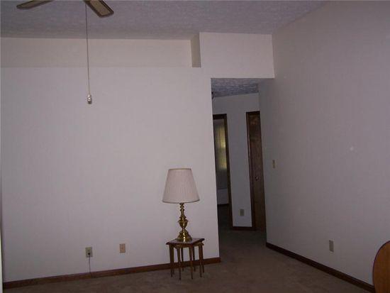 1638 Park Castle Way, Indianapolis, IN 46229