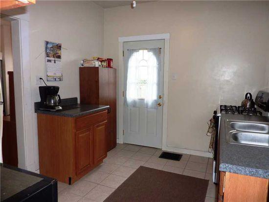 812 George St, Coraopolis, PA 15108