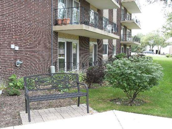 5300 Walnut Ave APT 9A, Downers Grove, IL 60515