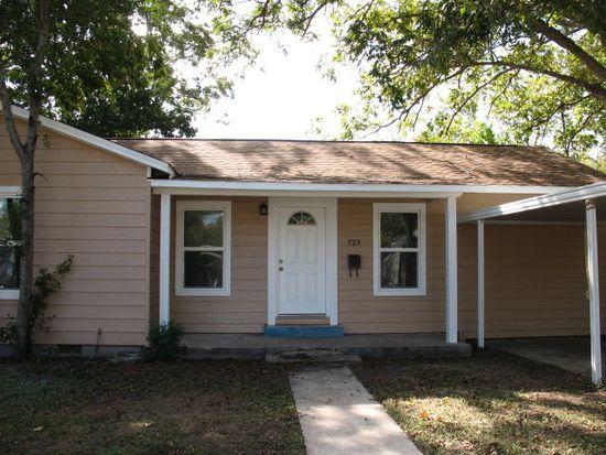 723 Bismark St, Seguin, TX 78155