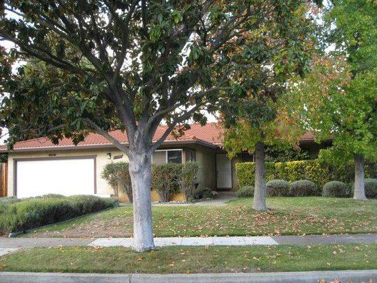 15761 Izorah Way, Los Gatos, CA 95032