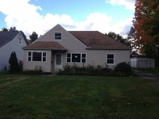 61 Linden Dr, Painesville, OH 44077