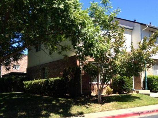 3981 Oak Villa Cir, Carmichael, CA 95608