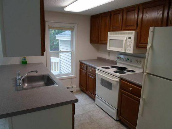 75 Newtown Plains Rd, Lee, NH 03861
