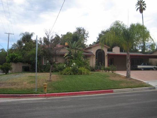 19302 Santa Rita St, Tarzana, CA 91356