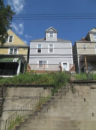 404 Woodward Ave, Mc Kees Rocks, PA 15136