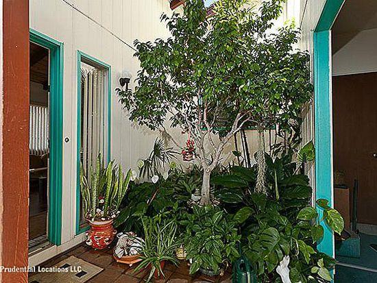 1438 Ala Leleu St, Honolulu, HI 96818
