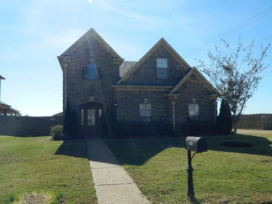410 Green Willow Cv, Oakland, TN 38060