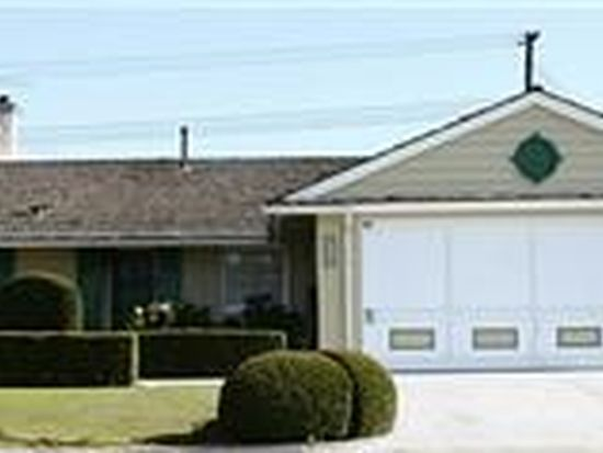 5782 Pinon Dr, Huntington Beach, CA 92649