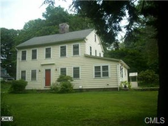 15 Old Town Rd, Newtown, CT 06470