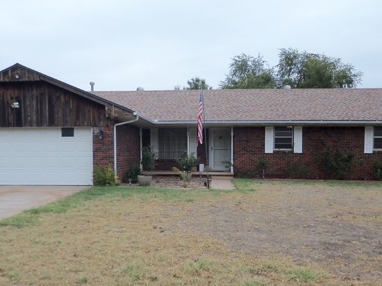 5214 Ritchie Ave, Enid, OK 73703