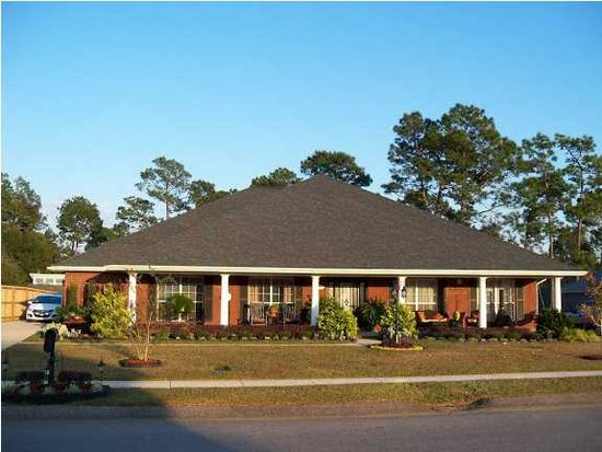 2825 Saddlebrook Dr E, Mobile, AL 36695