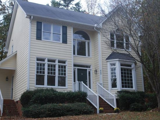 423 Westminster Dr, Clayton, NC 27520