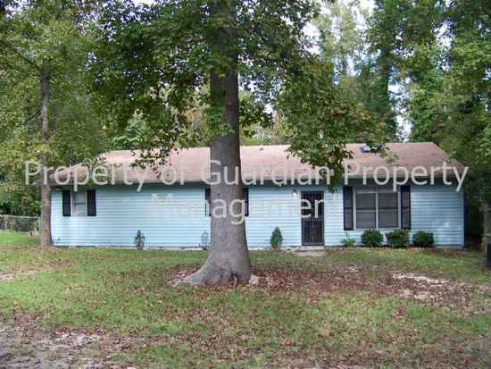 1844 Sykes Pond Rd, Fayetteville, NC 28304