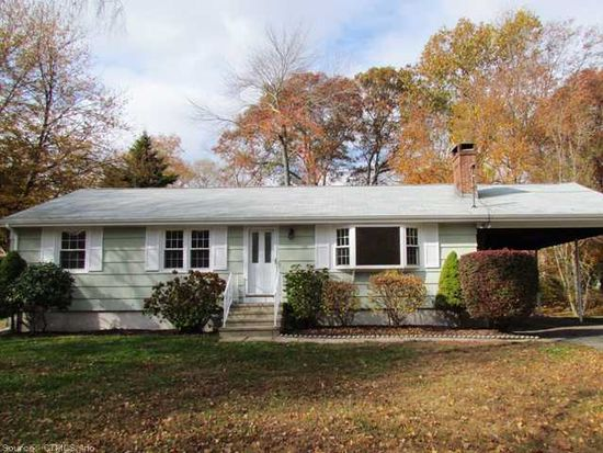 24 S Cobblers Ct, Niantic, CT 06357