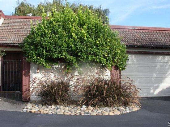 61 Vineyard Cir, Sonoma, CA 95476