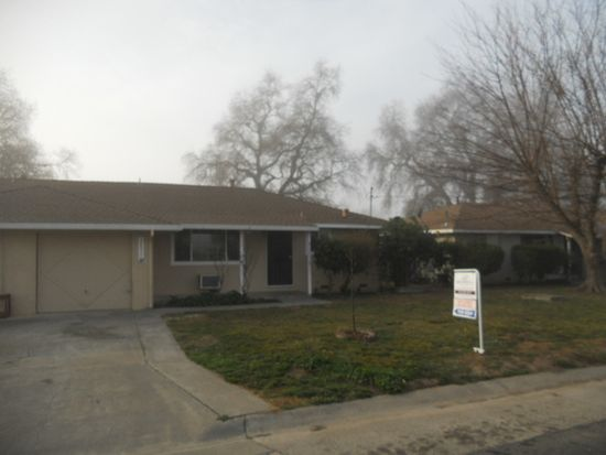 38099 Cherry Ln, Woodland, CA 95695