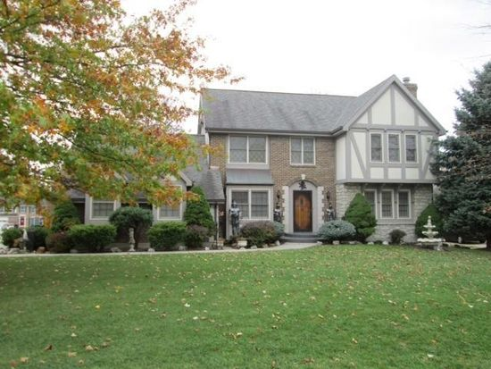 10525 Cheshire Ridge Dr, Florence, KY 41042