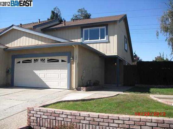 780 Bellflower St, Livermore, CA 94551