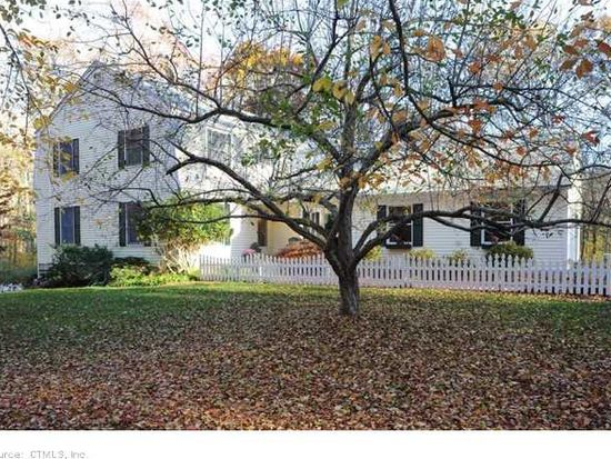 5 Stonewood Dr, Old Lyme, CT 06371