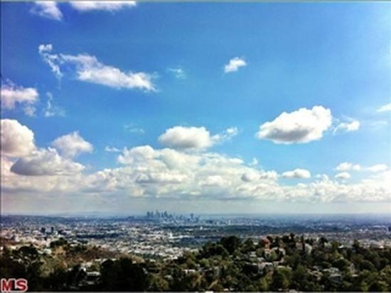 2104 Kew Dr, Los Angeles, CA 90046