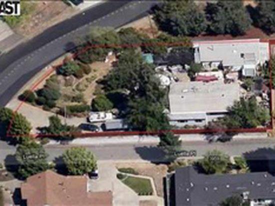 18902 Almond Rd, Castro Valley, CA 94546