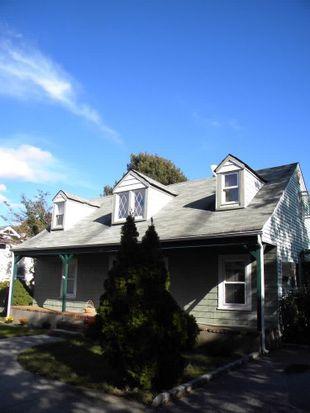 16 Lewis St, Amityville, NY 11701