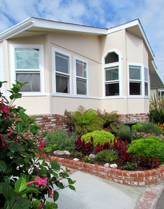 9850 Garfield Ave SPC 44, Huntington Beach, CA 92646