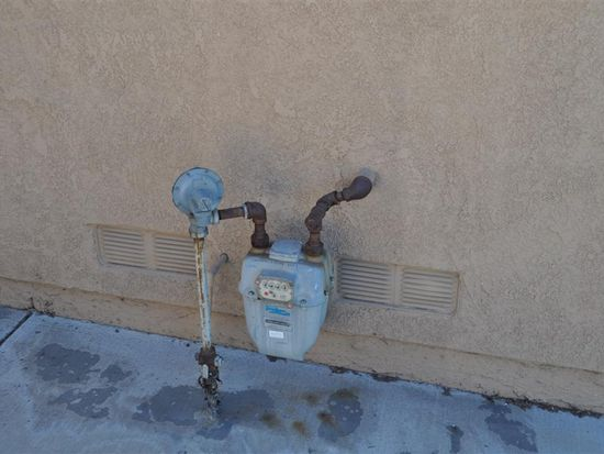 14229 Larkin Ct, Fontana, CA 92336