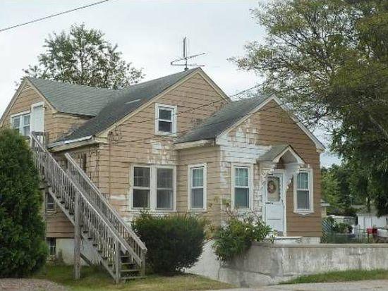 151 Old County Rd, Smithfield, RI 02917
