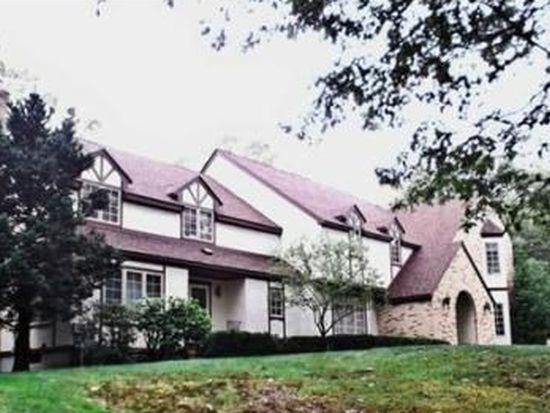 31 Newport Ave, Attleboro, MA 02703
