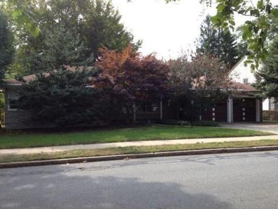 48 Hawthorn St, New Bedford, MA 02740