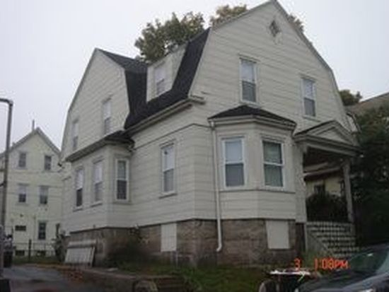 18 Robeson St, New Bedford, MA 02740