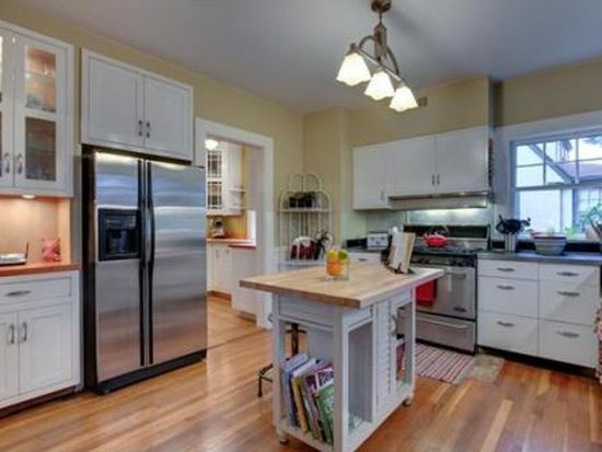 37 Governors Ave, Medford, MA 02155