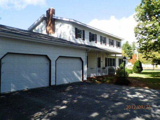 57 Rand Hill Rd, Morrisonville, NY 12962